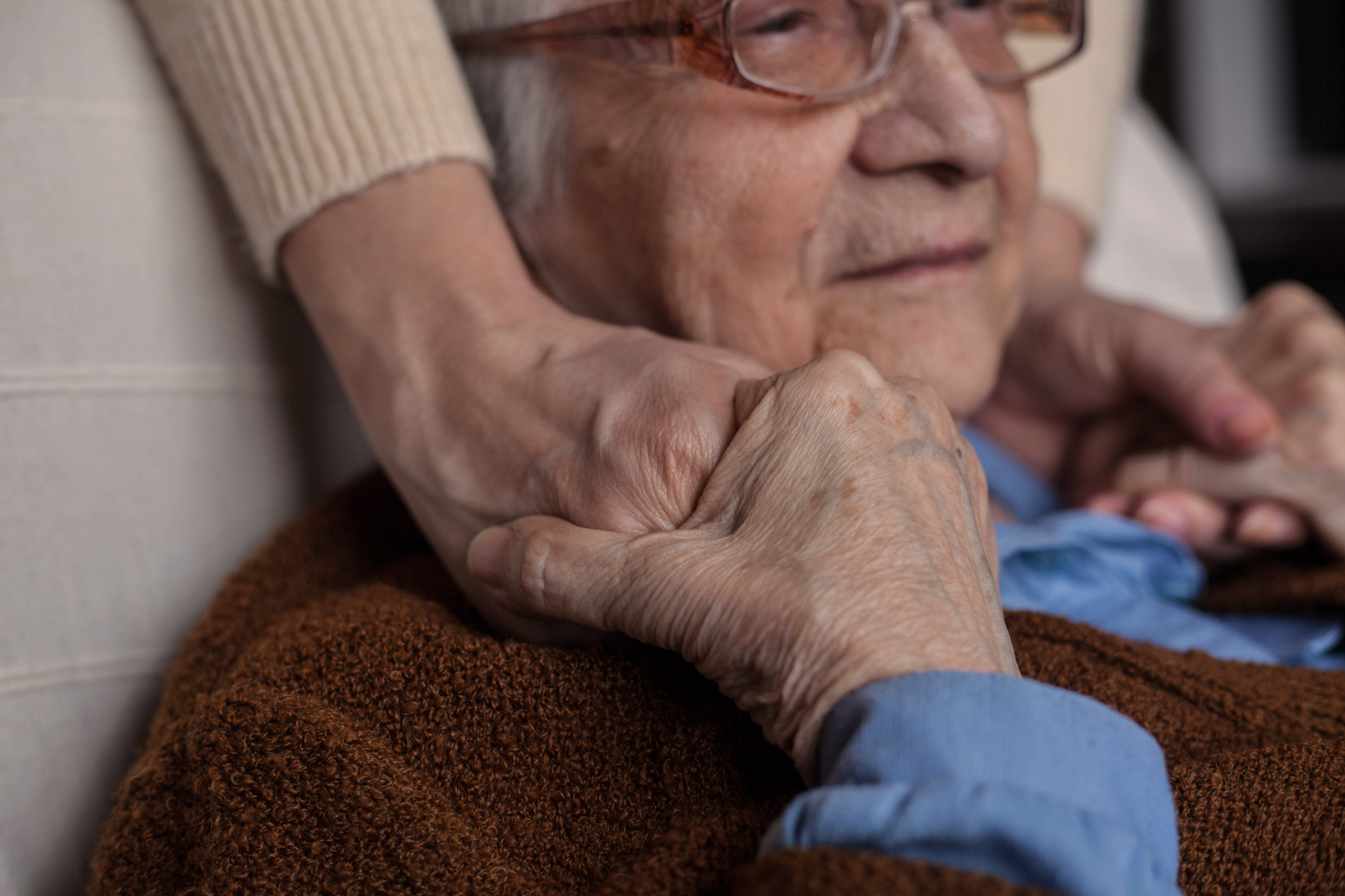 Learn about late stages of dementia symptoms and care needs and how to provide the best care for a loved one from the experts at Live Free Home Health Care.